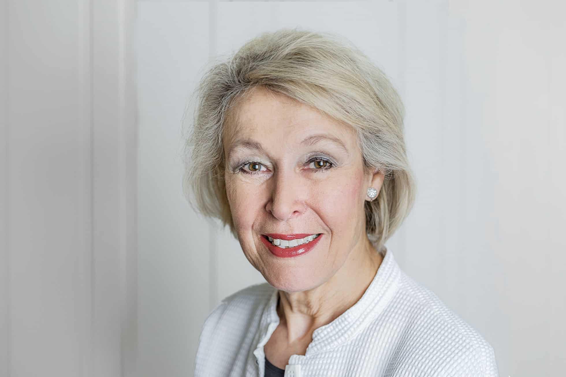 Dr. med. Regula von Thiessen-Wenger Dermatologin Hautärtin Hautfachärztin Zürich Enge