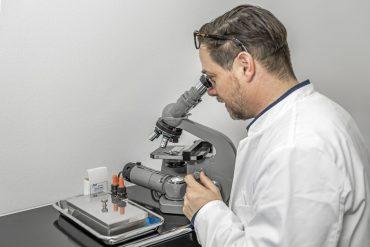 Mikroskopie Praxis-Labor Haut-, Nagelpilz- & Pilz-Untersuchung sowie Haaranalyse